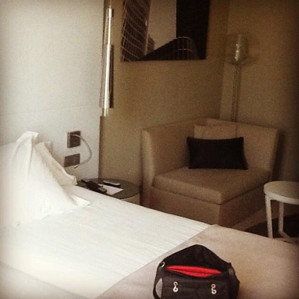 spacious hotel rooms barcelona port